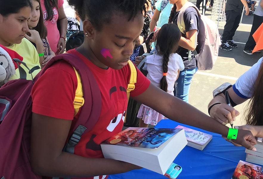Henry Schein 2019 Girl With Book